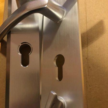 Kínai ajtó minőségi kilincs